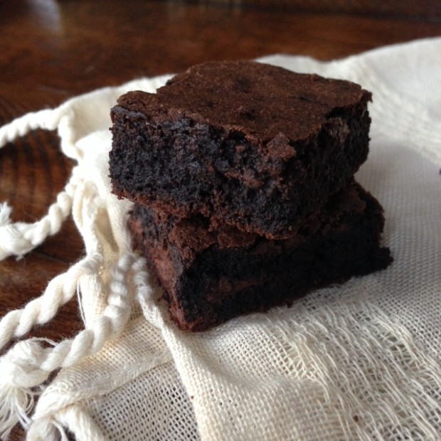 chewy bittersweet brownies | www.injennieskitchen.com