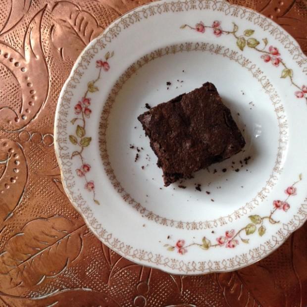 bittersweet brownies | www.injennieskitchen.com