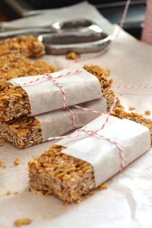 easy, homemade granola bars