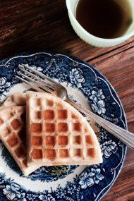 Easy, Homemade Dairy-Free Waffles | www.injennieskitchen.com