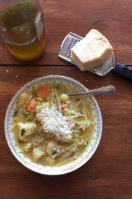 Pasta & Potato Soup | www.injennieskitchen.com
