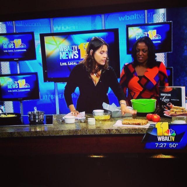 Apple Breakfast Bars | In Jennie's Kitchen