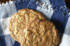 crispy chewy walnut cookies