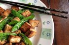 orange-sesame tofu with snow peas