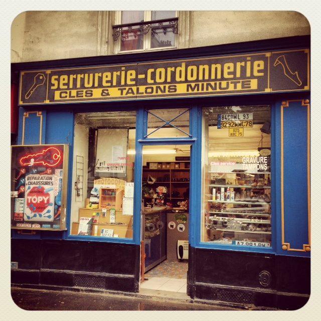 paris show repair