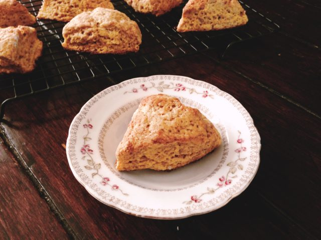 pumpkin scones at www.injennieskitchen.com