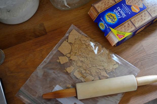 s'mores milkshake | www.injennieskitchen.com
