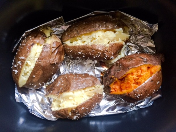 Slow Cooker Baked Potatoes | get the recipe at www.injennieskitchen.com