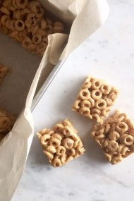Peanut Butter Cereal Treats | www.injennieskitchen.com