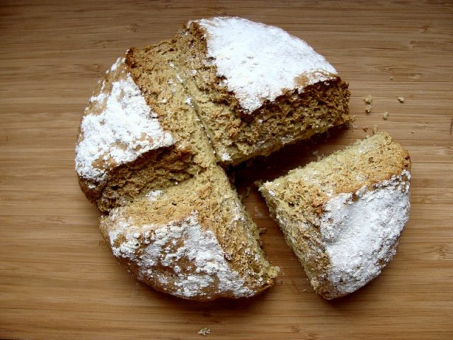 Semolina Soda Bread | www.injennieskitchen.com