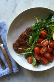 Pork Milanese, a quick & easy weeknight meal. | www.injennieskitchen.com