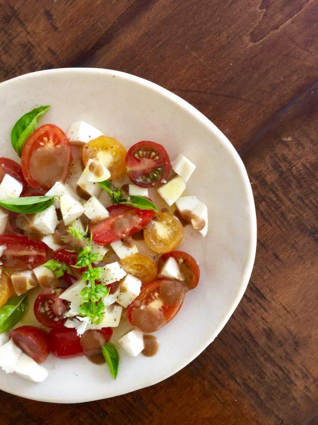 Classic Caprese Salad | In Jennie's Kitchen
