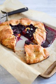 Peach Blueberry Tart | In Jennie's Kitchen