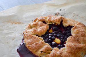 Peach Blueberry Tart | In Jennie's Kitchen