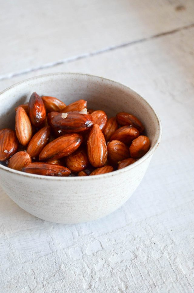 Best Roasted Almonds | In Jennie's Kitchen