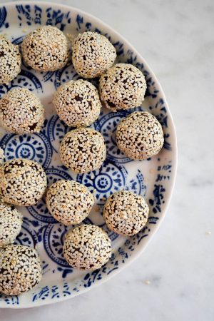 Tahini Chocolate Truffles | In Jennie's Kitchen