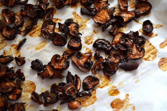 Crispy Roasted Mushrooms | In Jennie's Kitchen
