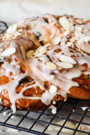 Raisin Pecan Couronne {breakfast danish} | In Jennie's Kitchen