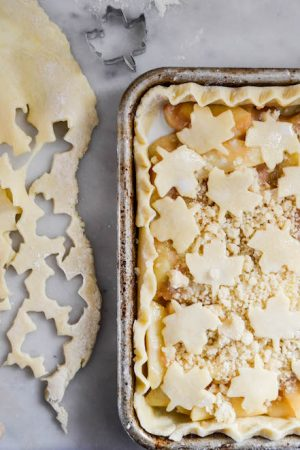 Apple Crumb Slap Pie | In Jennie's Kitchen