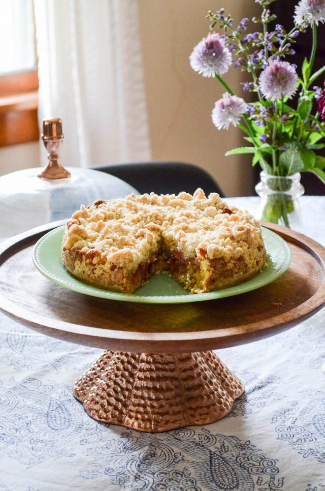 Strawberry Rhubarb Crumb Cake | In Jennie's Kitchen