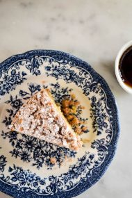 Classic Crumb Cake Recipe | In Jennie's Kitchen
