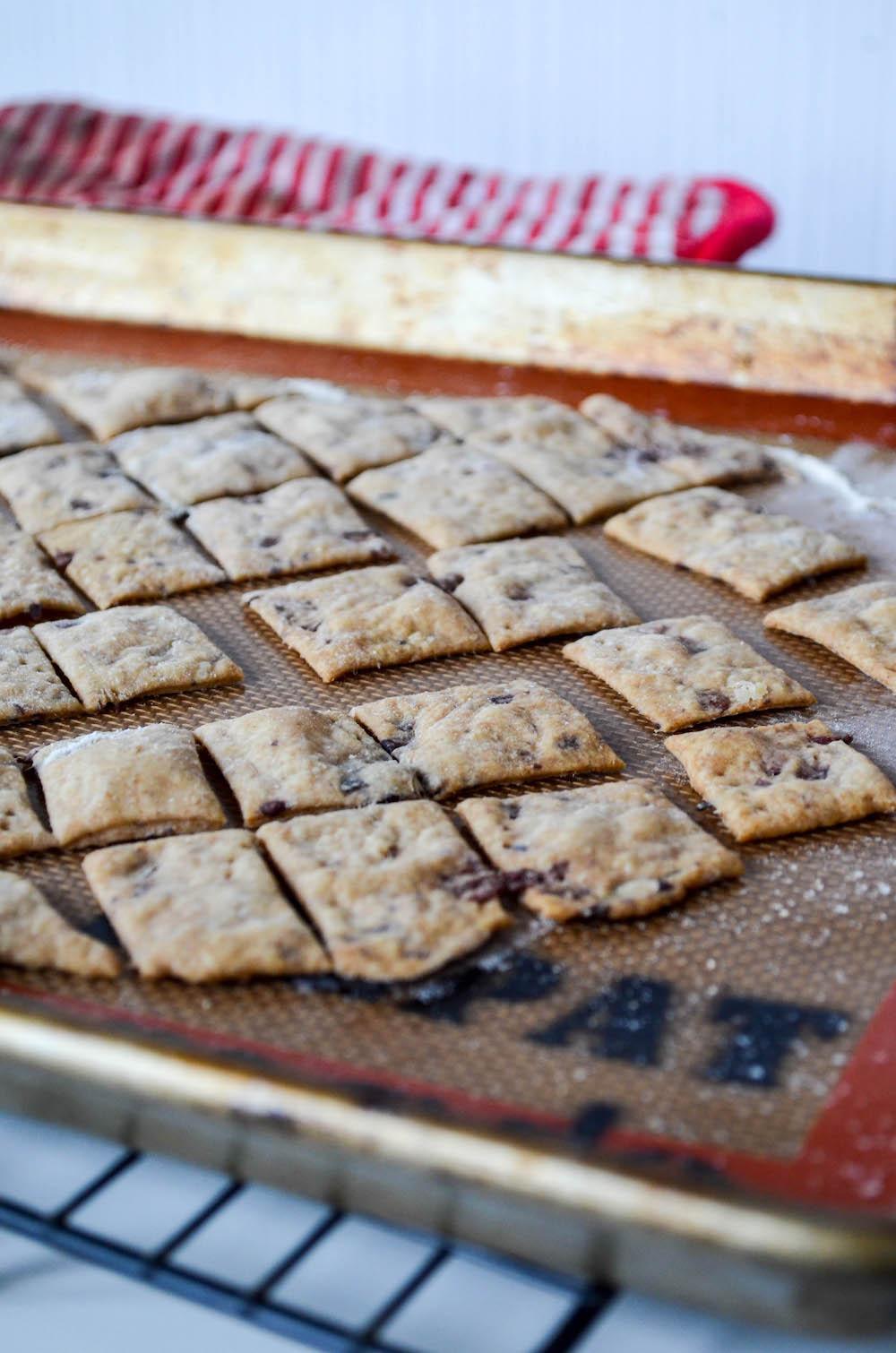 Kalamata Olive & Spelt Sourdough Crackers